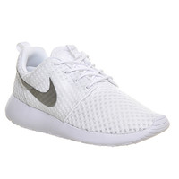 Nike Roshe Run White Metallic Silver - Unisex Sports