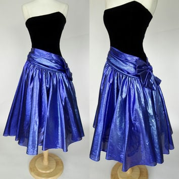 1980s metallic prom dress, blue foiled fit and flare strapless black velvet formal dress, Small, US 6