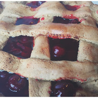 Primitive Cherry Pie Decor Scented Farmhouse Fake Food - Cherry Pie in a Rusty Pie Pan