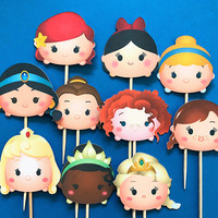 Tsum Tsum Disney princesses cupcake toppers, 10 toppers, Disney party, tsum tsum birthday, tsum tsum, Disney princesses toppers