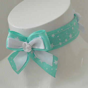 Snowy mint - pastel green and white choker necklace with big bow - little neko kitten pet play bdsm ddlg collar BDSM proof