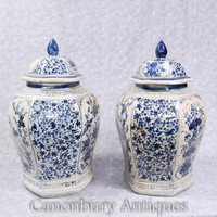 Canonbury - Pair Chinese Blue and White Porcelain Ginger Jars Vases Kangxi