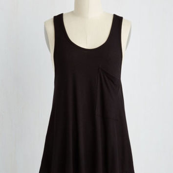 Mid-length Smart Starting Point Top in Black