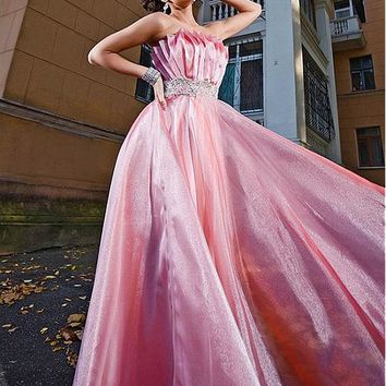 [112.99] Marvelous Diamond Tulle & Stretch Satin Strapless A-Line Prom Dresses With Beads & Rhinestones - dressilyme.com
