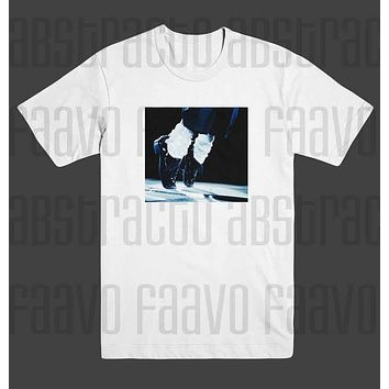 MJ Michael Jackson Moon Walk Tip Toes Dancing T Shirt