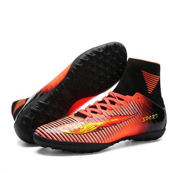 High Ankle Men Football Shoes 2018 Broken Nails Training Soccer Shoes Hard-wearing Adult Football Boots High Top Soccer Cleats