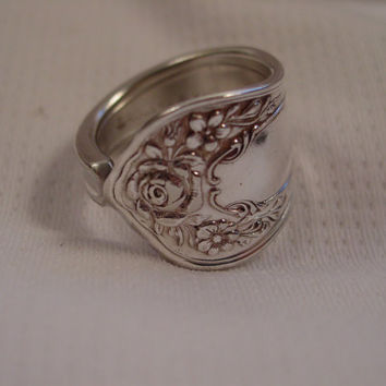 A Very Pretty Spoon Ring With a Rose Size 10 1/2 Gorgeous Handmade Silver Spoon Jewelry t448