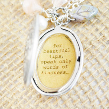 Audrey Hepburn Quote Locket - Women's Locket For beautiful eyes look for the good in others for beautiful lips only speak words of kindness