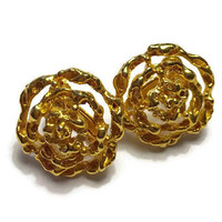 Floral Design Filigree Earrings Adjustable Clip Back Gold Tone One Inch Brushed and Smooth Vintage