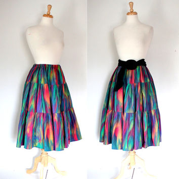 Vintage 70s Skirt / Tie Dyed Ruffled Midi - Maxi Skirt / Retro Hippie Boho Skirt / Spring Summer Concert Festival Maxi / Full Circle