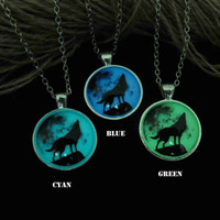 Moon wolf, Wolf necklace, prom jewelry, party jewelry,Glow in the dark necklace,Glowing Pendant Necklace