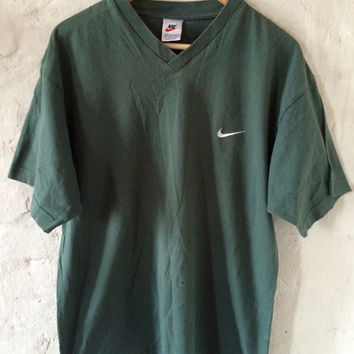 Vintage Nike T-shirt / Shirt / V-neck Green Medium 90's