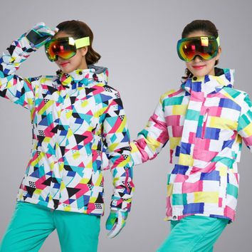 2017 New Outdoor Sports Women Ski Jackets High Quality Windproof Waterproof Winter Snow Snowboard Female Coat Colorful Brands