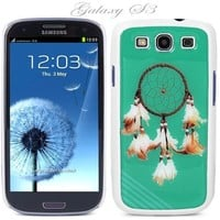 White Snap-on S3 Phone Cover Case for Samsung Galaxy SIII Phone - Height: 5.3 Inches X Width: 2.6 Inches X Thickness: 0.5 Inch.