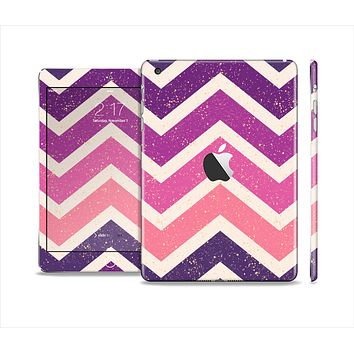 The Purple Scratched Texture Chevron Zigzag Pattern Skin Set for the Apple iPad Mini 4
