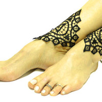 Black lace gothic barefoot sandal, goth anklet clothing, wedding prom party steampunk burlesque vampire bangle beach anklets bridal