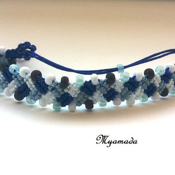 Colored micro macrame bracelet
