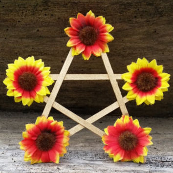 Midsummer Pentagram, Litha altar decor, sunflower pentagram, litha sabbat decor, seasonal decor, witches star, pagan home decor, pagan gift