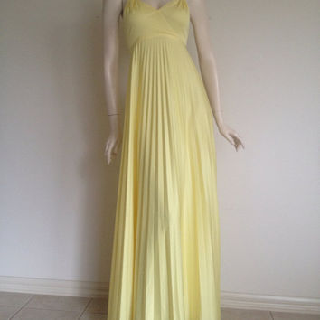 Gorgeous 60s 70s Soft Lemon Pleated Grecian Maxi Dress / Fulll Skirt / Empire Waist / Metal Zip / Medium Large