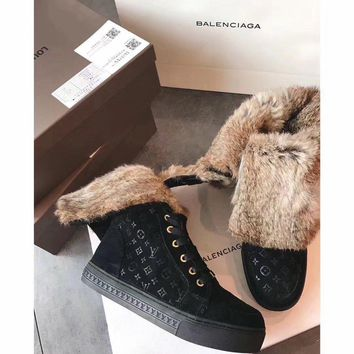 Luxurious Louis Vuitton LV Winter Sheepskin Black Snow Boots