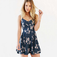 Back Cross Straps Floral Print Graduation Dress