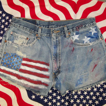 Hand-Painted Flag Shorts size 34 waist US Levi's 550 Patriotic July4th