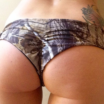 Backwoods Barbie Realtree Mossy Oak Cheeky Scrunch Butt Brazilian Bikini Bottoms