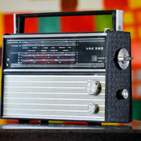 Bluetooth 1950s VEF 202 Portable Rechargeable Boombox Radio