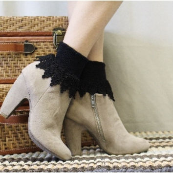 Lacy sock, LOVELY LACE, short,  boot socks, signature, women, ankle,  black | SL59