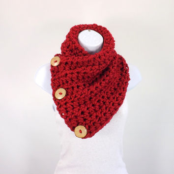 Crochet Chunky Neck Warmer with Three Natural Coconut Shell Buttons /CRANBERRY/, Buttoned Scarf Neck Warmer, Gift Idea