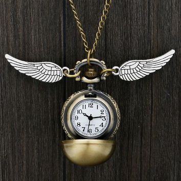 Harry Potter Theme Quartz Pocket Watch Hogwarts Golden Snitch Slytherin Retro Pendant Clock Classic Pocket Necklace Gifts Kids