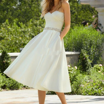 Sexy Short Wedding Dresses 2015 A Line Beading Sash Women Bridal Gowns New Arrival