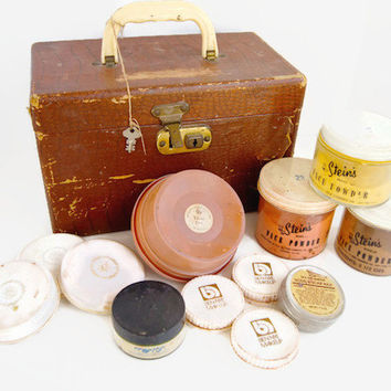 Vintage Stage Theater Make Up Case and Lot of Vintage Make-Up with  Cheney Lock Made in England RARE Collectibles Cosmetics Vanity