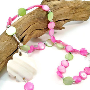 Women's Shell Necklace, Pink and Green Shells, Shell Pendant Necklace, Trending Jewelry, Summer Jewelry