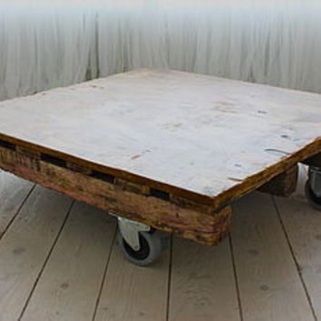 Reclaimed Palette Industrial Coffee Table