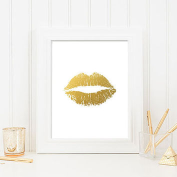 Lips Faux Gold Foil Print Wall Art  - 4x6,  5x7, 8x10, 11x14, 12x16, 13x19  Print - Artwork - Gold leaf