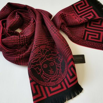 NEW Authentic Versace men Fringe Houndstooth Pattern Wool Medusa Head Logo Scarf