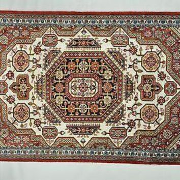 Ivory Handmade 22 x 31 in Rich with Geometric Medallions Silk-Ghum New Rug
