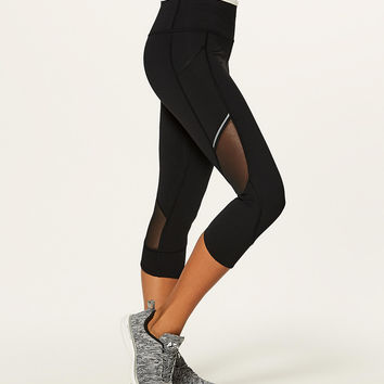 Home Stretch Crop *19"