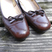 "Vintage Paradise Kittens Brown Pumps with 1.5"" Heel Leather Size 7"