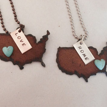 UNITED STATES USA Shape Necklace with faux heart and tag in home or love made of rusty recycled metal