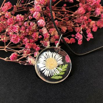 New Fashion Glass Dried Flower Pendant Necklace Lovely Forever Flower Pendant Necklace Rope Chian Charm Women Jewelry Gifts