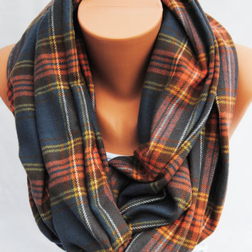PLAID INFINITY SCARF, flannel eternity scarf, Heavy winter scarf, tartan loop scarf, trendy cotton flannel scarf