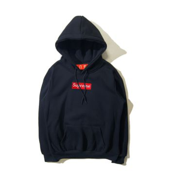 Autumn and winter skateboarding tide brand Supreme embroidery simple hooded sweater men and women Navy blue