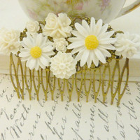 Ivory White hair Comb Wedding Floral Collage Vintage flower Victorian Bridal Hair Head piece