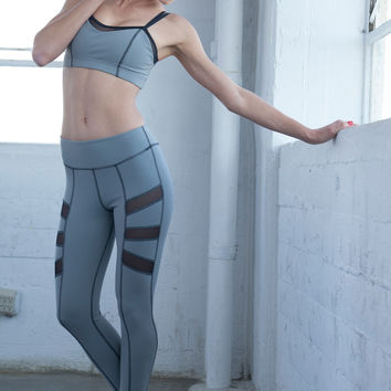Side Plank Mesh Legging - Light Grey