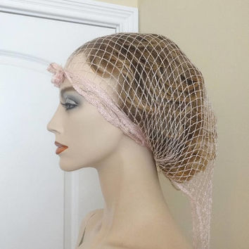 1970s Vintage Pink Hair Net in Large Fish Net Style, Triangle, Hair Roller Cover, Hair Protector, Vintage Hair Net, 1970s Vintage Vanity Net