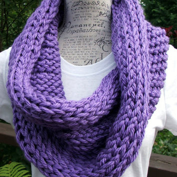 Knit Cowl. Chunky. Purple. Minnesota Vikings color. Scarf. Infinity Cowl. Winter Wear. Made by Bead Gs on ETSY