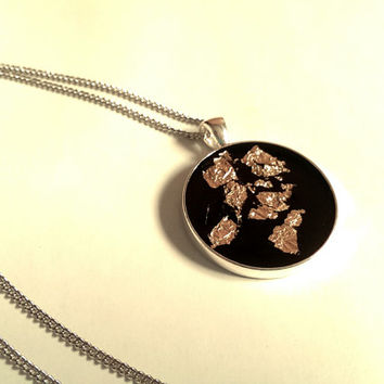 Black and Gold Resin Pendant Necklace