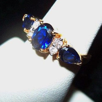 Sapphire CZ Rhinestone Cocktail Ring Right Hand Fashion Ring Gold Plated Metal Size 5 Vintage
